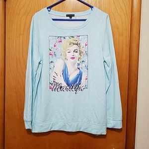Soft light weight Marilyn Monroe sweatshirt